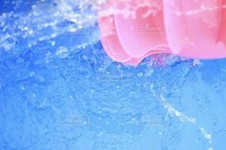 ピンクのスクリューの写真・画像素材[2132557]