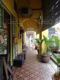 ペナンの黄色のアーチの通りの写真・画像素材[1831853]