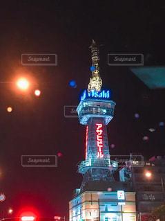 夜のタワーの写真・画像素材[1815924]