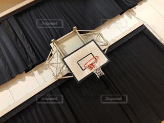 バスケのゴールの写真・画像素材[1822067]