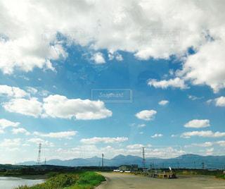 目の前の景色   空   雲   行く手の写真・画像素材[1816704]