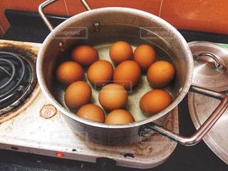 大量にゆで卵を作ってみるの写真・画像素材[1818331]