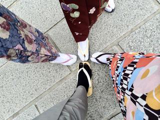 着物を着た足元の写真・画像素材[2220237]