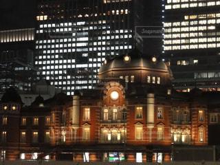 夜の東京駅の写真・画像素材[1828959]