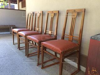 素敵な椅子たちの写真・画像素材[1835390]