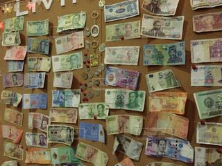 色々な国のお金の写真・画像素材[1830547]