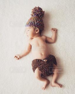 新生児期の赤ちゃんの写真・画像素材[1831771]