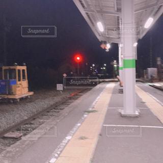 電車が来るまでの写真・画像素材[1832873]