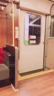 電車のドアの写真・画像素材[1833443]