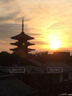 京都にて夕日を眺める。の写真・画像素材[1836089]