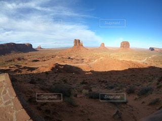 砂漠の山と渓谷の写真・画像素材[1834740]