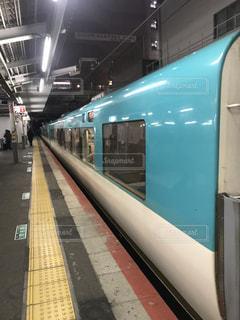 列車が駅に引いての写真・画像素材[1838594]