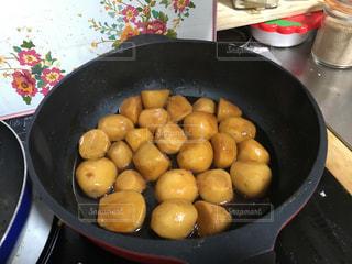 里芋の煮っころがしの写真・画像素材[1838668]