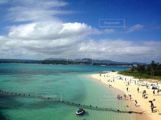綺麗なビーチを目の前にして…泳がないわけにはいかない👊の写真・画像素材[1846955]