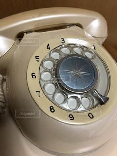 ダイヤル式電話の写真・画像素材[1330526]