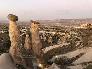 きのこ岩の写真・画像素材[2692321]