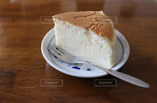 チーズスフレケーキの写真・画像素材[2071836]