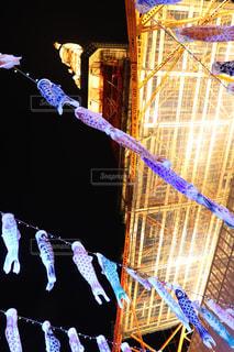 鯉のぼりと東京タワーの写真・画像素材[2085438]