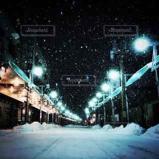 雪の覆われた街並みの写真・画像素材[1842466]
