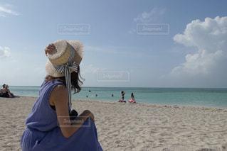 白砂のビーチでの写真・画像素材[1849613]