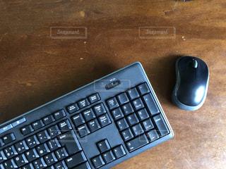 マスウとキーボードの写真・画像素材[2509569]