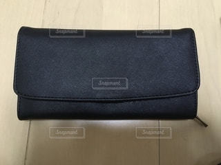 プレゼントされたお財布の写真・画像素材[2636312]