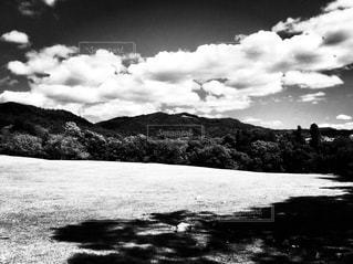 背景の山と水体の写真・画像素材[1849061]
