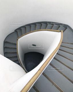 螺旋階段の写真・画像素材[2047619]