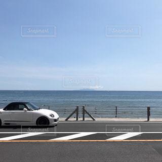 海に隣接するビーチの写真・画像素材[2340924]