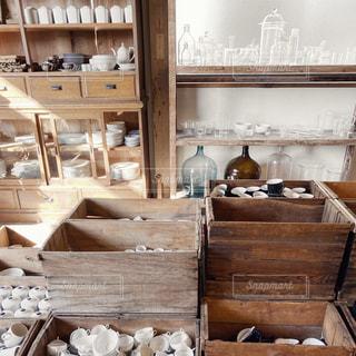 木製のテーブルの写真・画像素材[2906238]