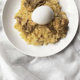 食べ物の皿の写真・画像素材[3252475]