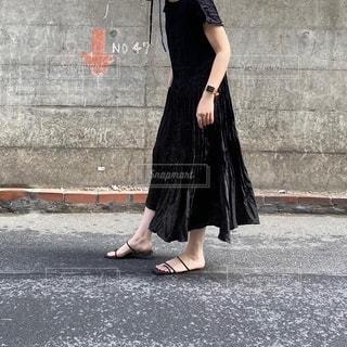 人が通りを歩いているの写真・画像素材[3451311]