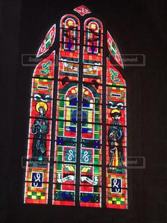 フランスの教会で見つけたステンドグラスの写真・画像素材[1868422]