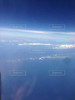 空と雲の上の写真・画像素材[1859666]