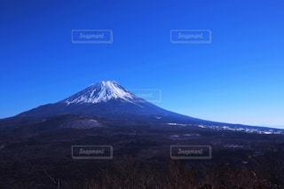 烏帽子岳からのぞむ富士山の写真・画像素材[1862430]