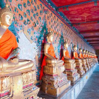 タイ旅行での寺院の写真の写真・画像素材[1964301]
