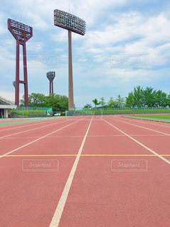 陸上競技場の写真・画像素材[2097298]