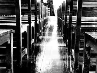 並んだ椅子の写真・画像素材[2282196]