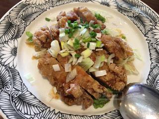 お気に入りの中華料理店の油淋鶏(ユーリンチー)の写真・画像素材[2170781]
