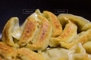 焼き餃子の写真・画像素材[1996886]