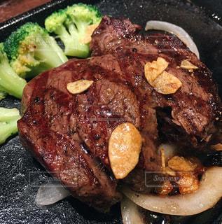 ヒレ肉のステーキの写真・画像素材[2341335]
