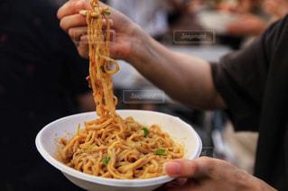 汁なし担々麺の写真・画像素材[2350351]