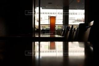 誰もいないカフェの写真・画像素材[2678306]