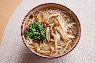 暖かいお蕎麦の写真・画像素材[2826201]