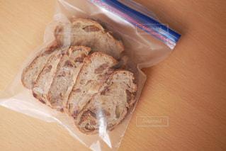 美味しいパンは冷凍保存の写真・画像素材[2861754]