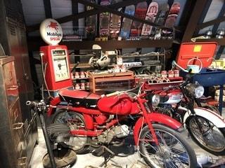 赤いバイク♡の写真・画像素材[1620495]