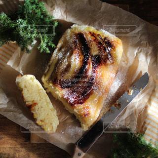 バナナケーキの写真・画像素材[2073394]