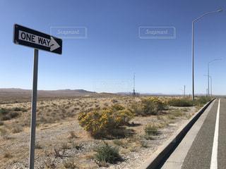 アメリカの一本道の写真・画像素材[1949079]