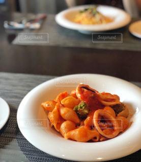 コンキリエのトマトパスタの写真・画像素材[1942594]