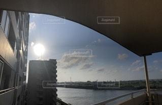 水域に架かる橋の写真・画像素材[2318443]